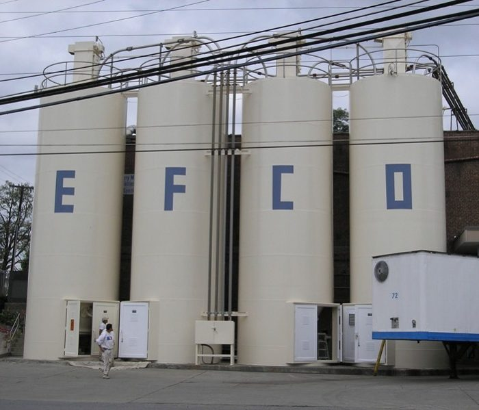 Sugar Silos After Pressure Washing and Repainting in Newark, New Jersey Manufacturing / Processing Painting Contractors